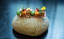 Aceitunas picual, escabeche y frutos rojos (EH Toledo).